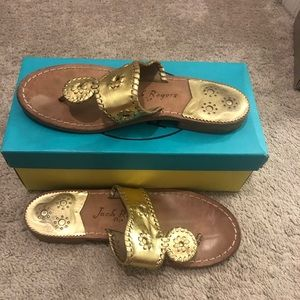 Gold Jack Rogers sandals Hampton's flat wide 9.5w